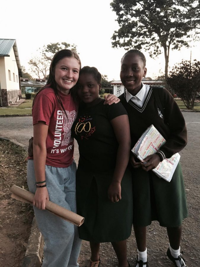 Sadie+Grunau+and+girls+from+the+secondary+school+in+Ndola%2C+Zambia.